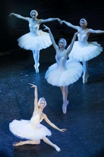 Ballet03_Stratton